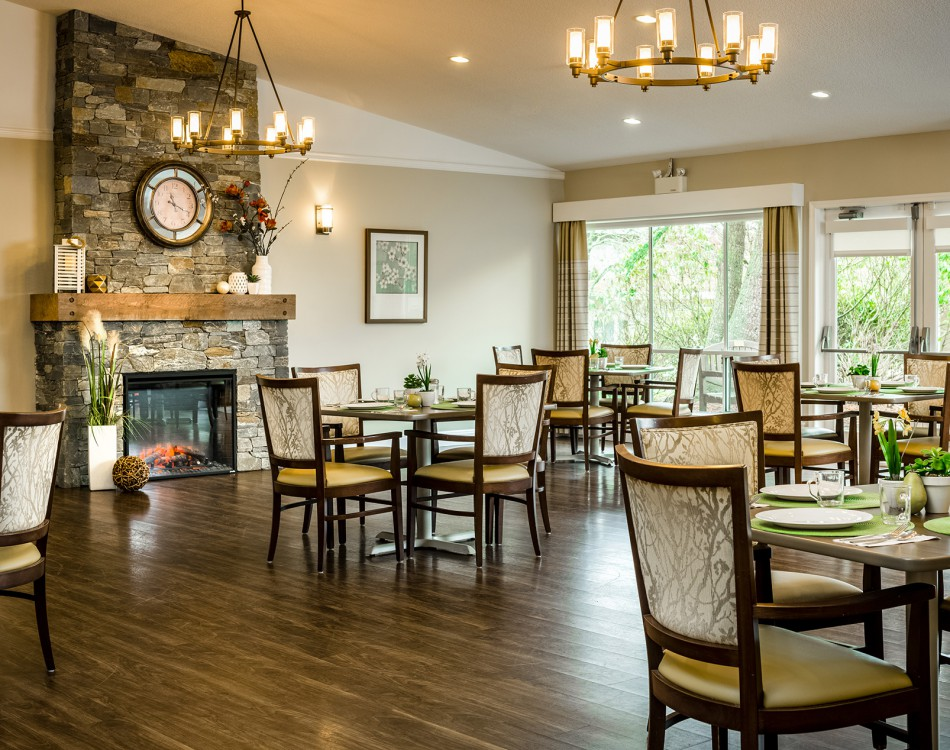 WOODGROVE BOUTIQUE SENIOR'S LIVING