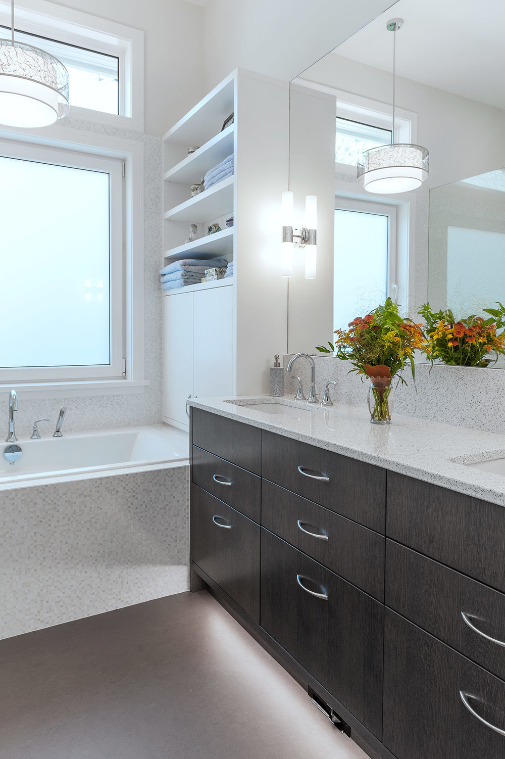 tub-vanity.jpg