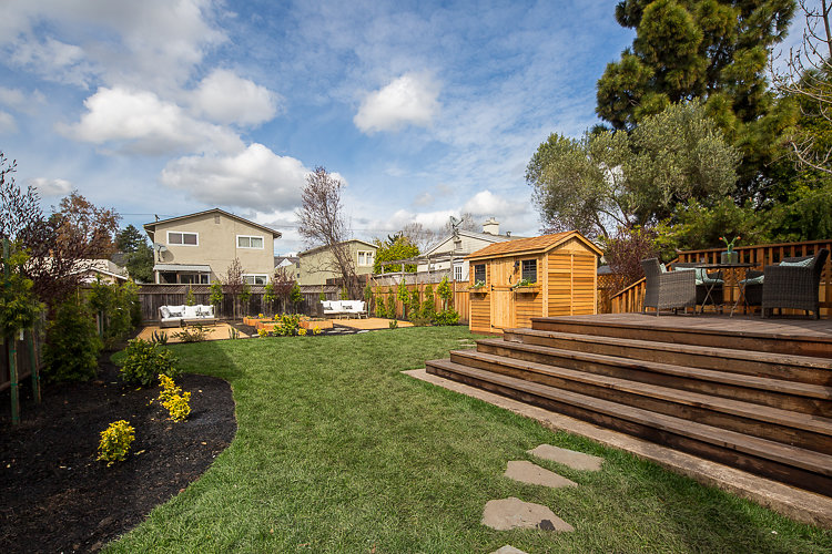 1721 Blake St. Berkeley CA 94703 Designed, Staged and Sold by The Home Co. 2017