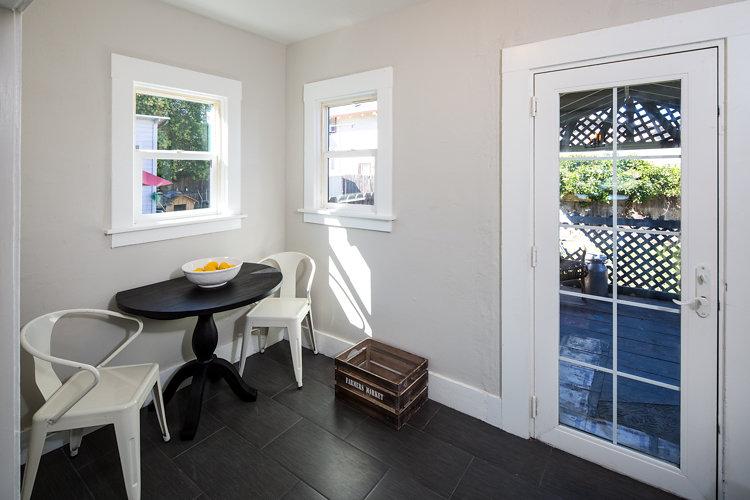 Breakfast/Office Nook. 5514 Laverne Oakland CA 94605