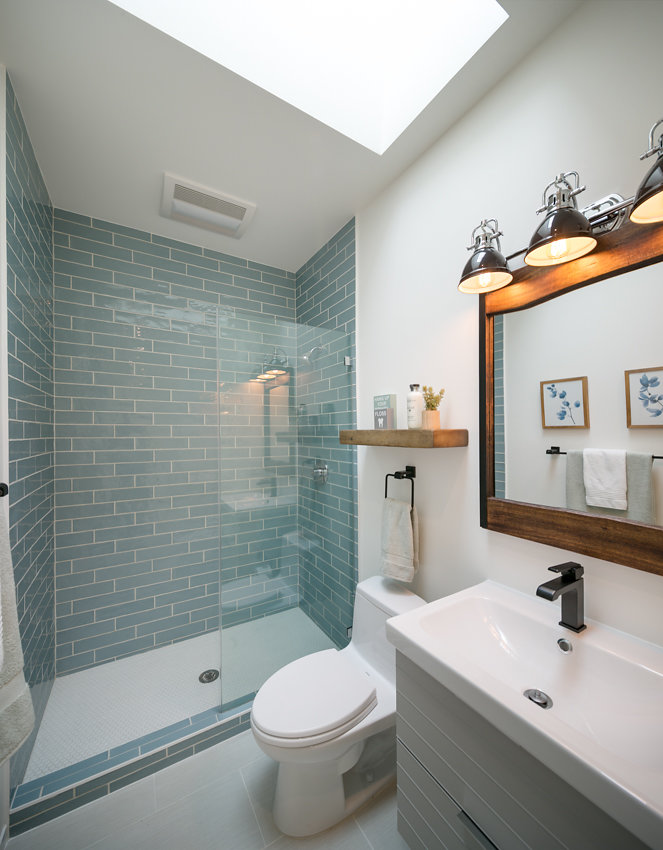o-1176-66thSt-bathroom1.jpg