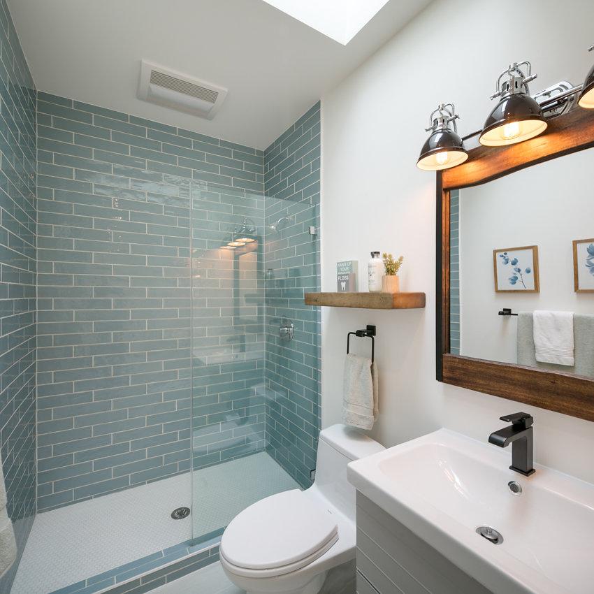 p-1176-66thSt-bathroom2.jpg