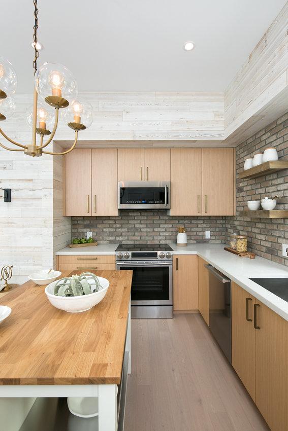 New freestanding kitchen island at 1176-66th Street, Oakland CA 94608