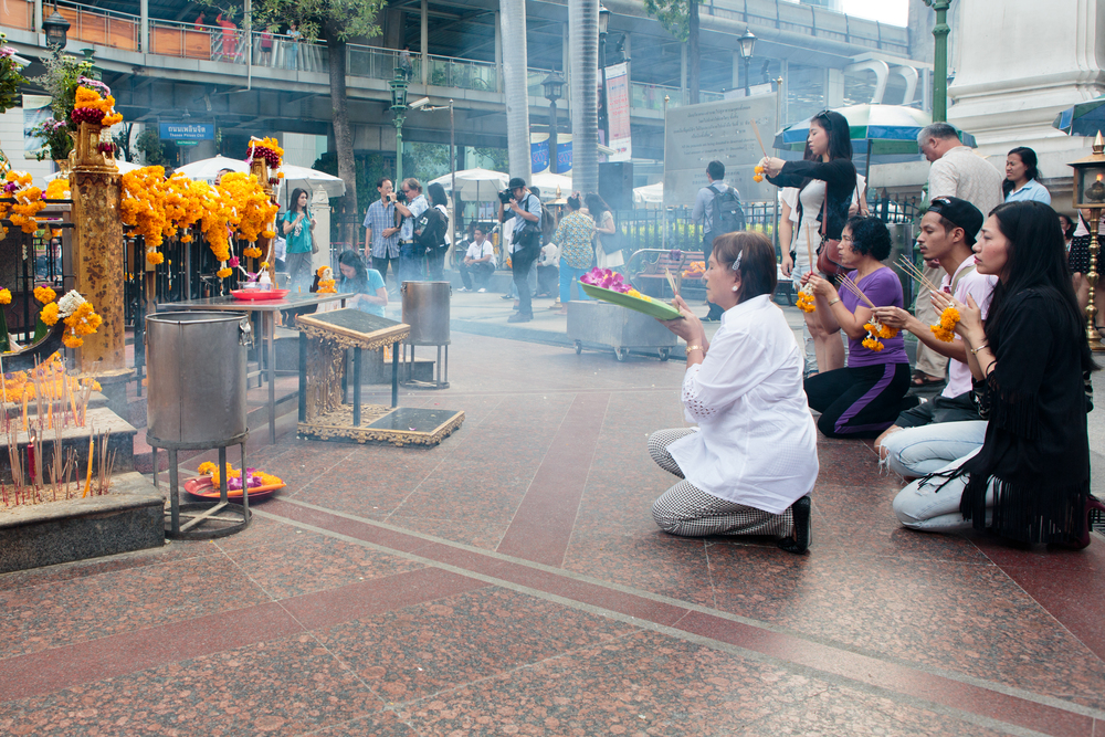 Prayers for those who died and were injured at the Erawan shrine.
