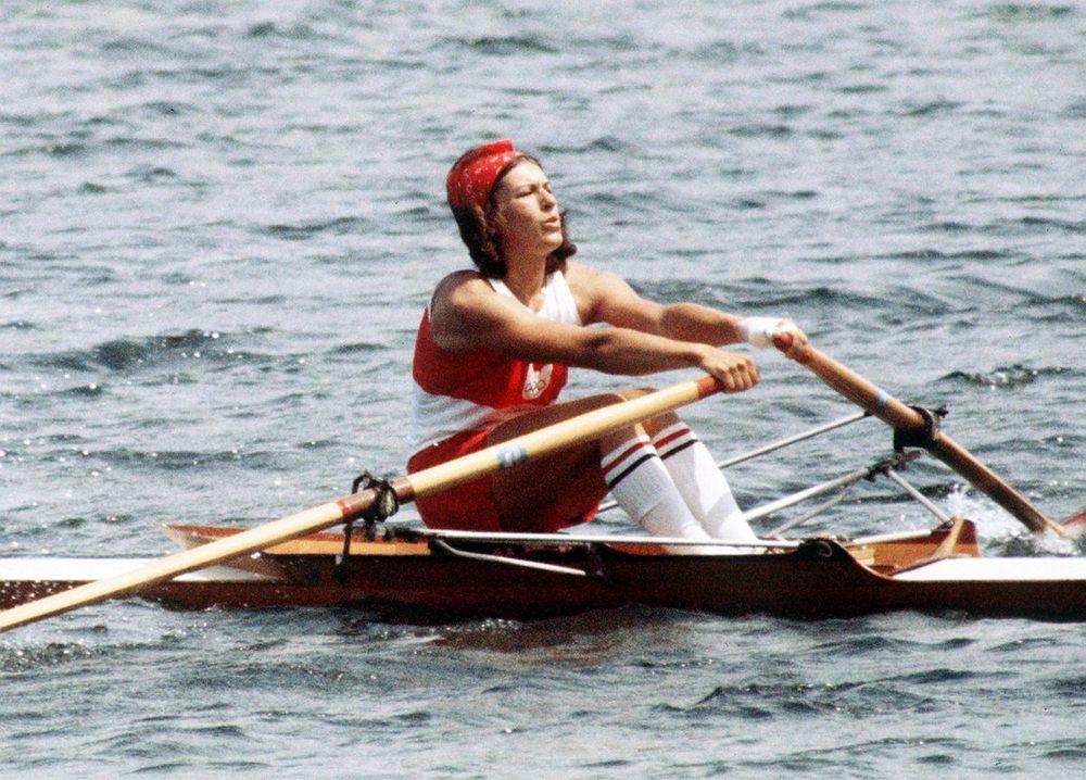 rowing-womens.jpg
