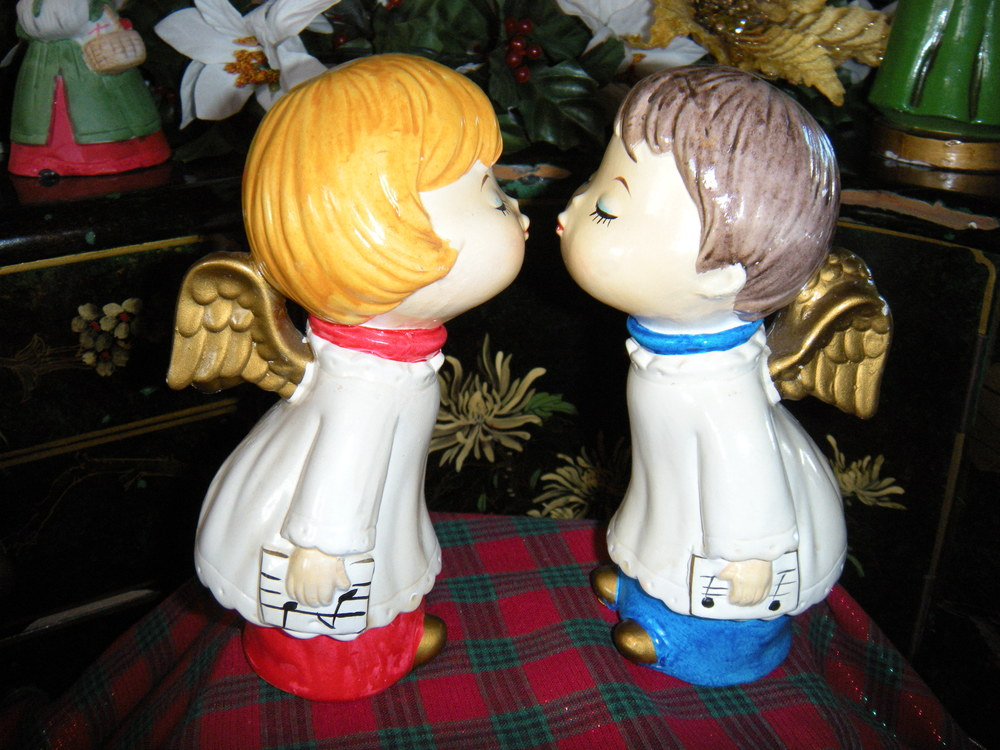 Aren't these chorister angels cute? Merry Christmas!