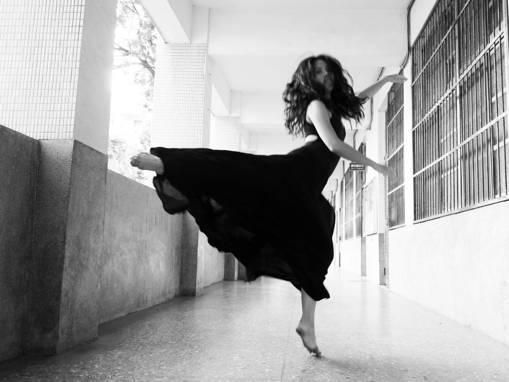 black and white 1.jpg
