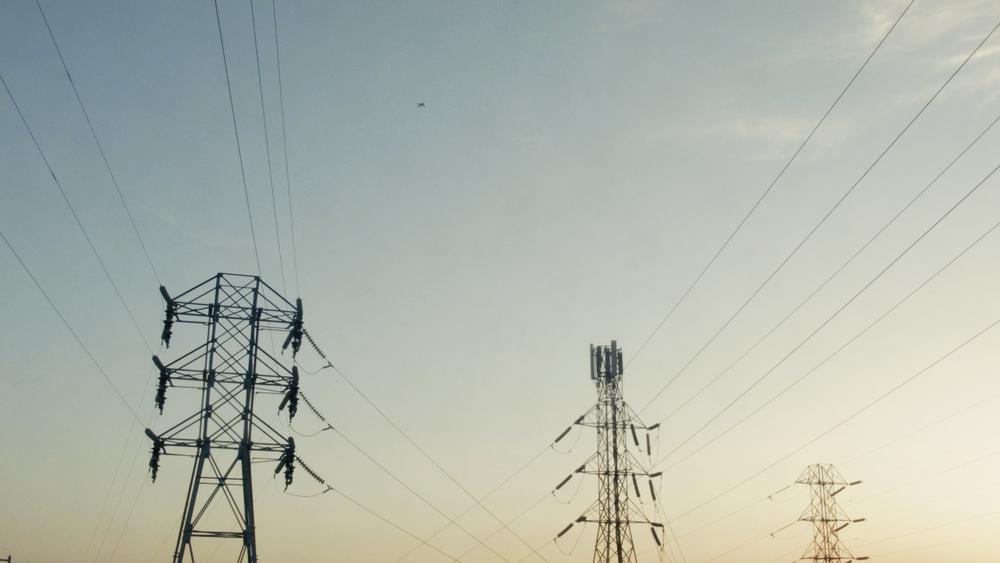 AwaOdoc_eletriclines_2.jpg