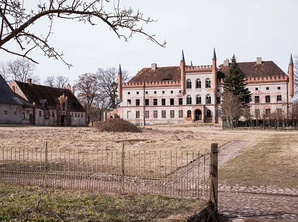 Schloss Brook - Stein auf Stein