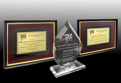 JJWcraftperson_of_the_year_3plaques_400pxls.jpg