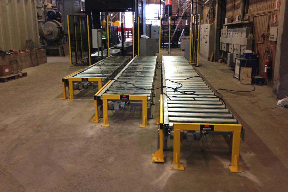 TRANSFERVAGNAR JRL har olika transfervagnar för att exempelvis flytta pallar eller skivmaterial till olika buffertbanor.
