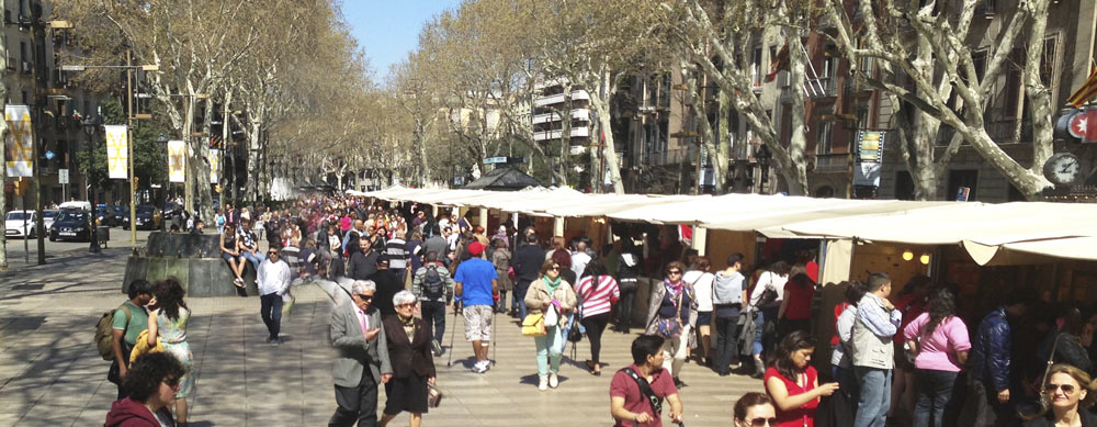 Las Ramblas en Barcelona - Domingo por la mañana