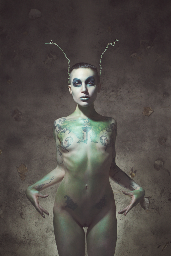graciehagen :     bugs are the transmitters    [   All Animals are Equal   ]    Model:  Clara Rae    Photographer:  Gracie Hagen      One of favorite photos from back when