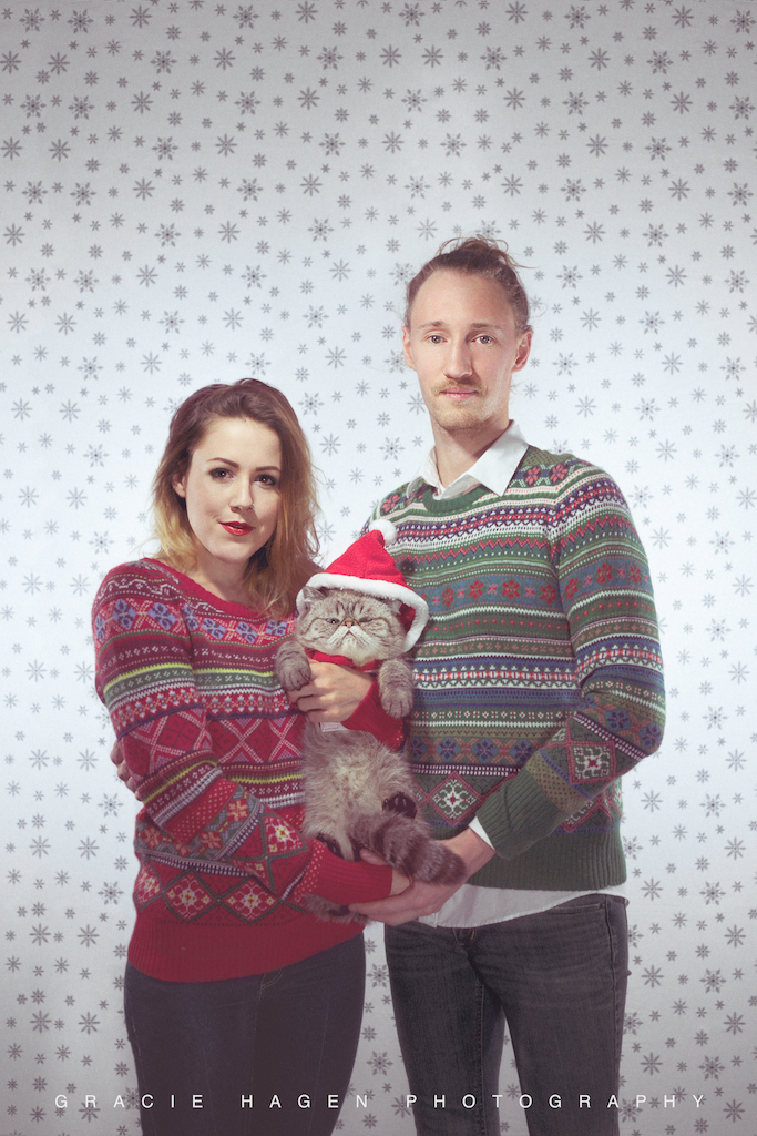 Running now until December 20th, 2013 my studio,  Gracie Hagen Photography  (located in Wicker Park - Chicago, IL), is doing a Holiday Special!   $150 portrait session, two different Holiday Options (pictured above is  Cheesy Christmas Sweaters )    email for details - info@graciehagen.com