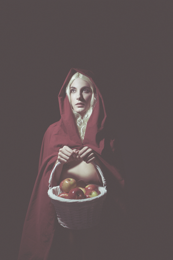 red riding hood [ Grimm Stories ] Model: Roarie Yum Photographer: Gracie Hagen