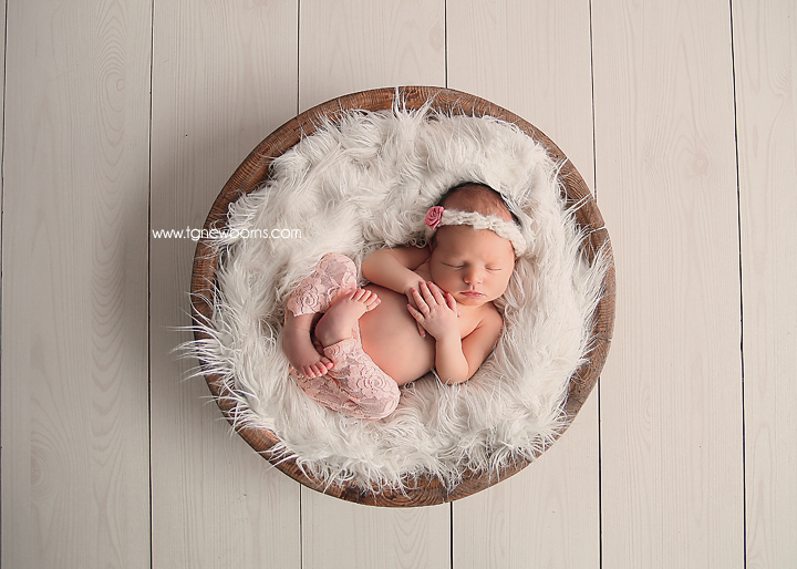 Tula Newborn Photographer