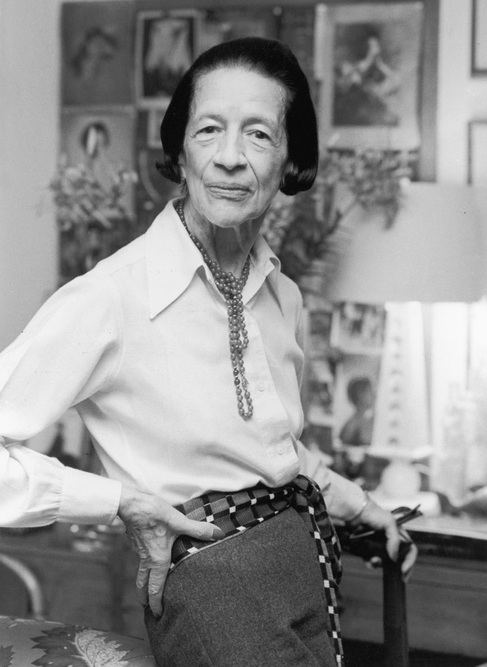 ELEGANT, POISED AND BRIMMING WITH STYLE, THE LATE GREAT DIANA VREELAND
