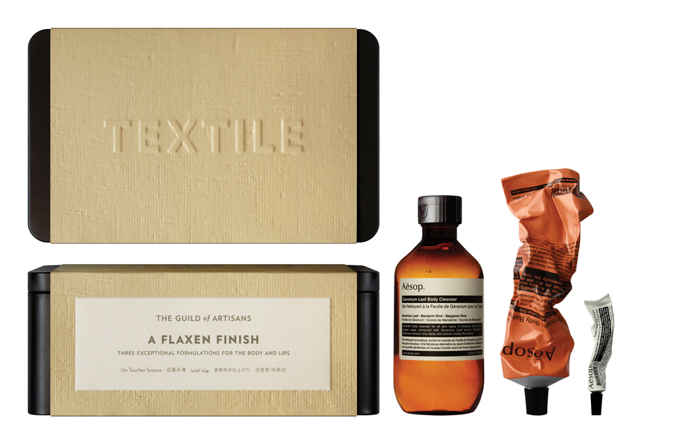 DF AESOP GIFT KITS 2014-2015 A FLAXEN FINISH WITH PRODUCT (TEXTILE) C.jpg