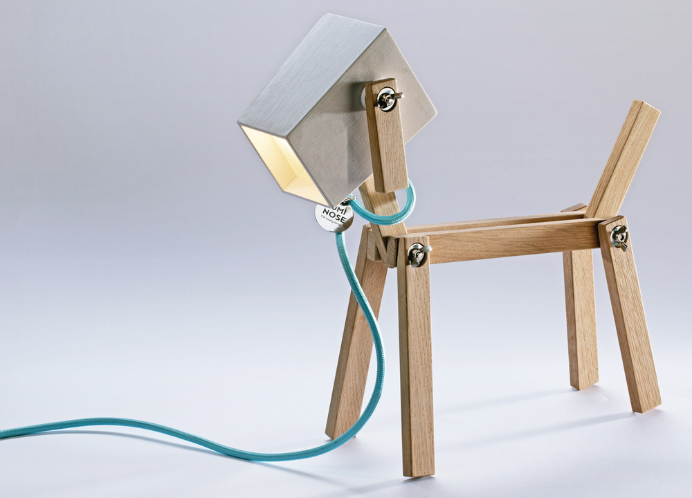 luminose-the-wooden-table-lamp-that-you-create_00.jpg