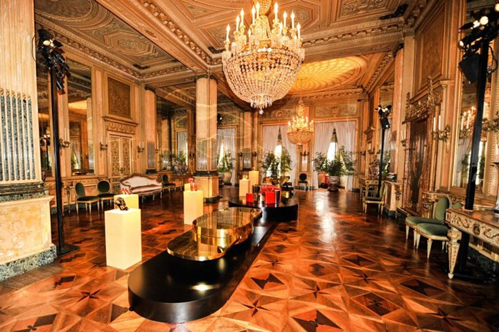 Palazzo Crespi DF.jpg