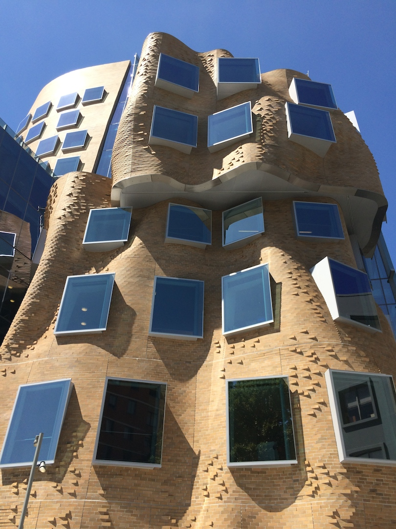 Paper bag building - Here At The Fizz We Weren T Sure If We D Like Frank Gehry S First Australian Architectural Offering Described As Looking Like A Crumpled Paper Bag