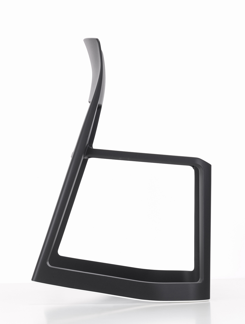 B&O_Tip Ton black forward_Vitra.jpg