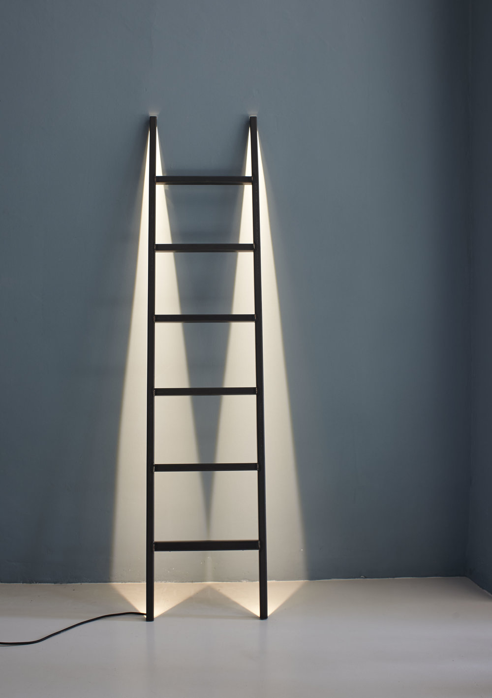 SCALTRA ladder light_design by Barbara Schweizer.jpg