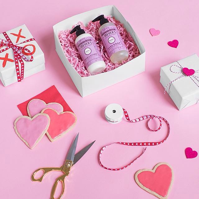 #Love won't be the only thing in the air this #ValentinesDay when you give the sweet scent of #Peony Hand Soap and Hand Lotion. Get gifting at MrsMeyers.com.