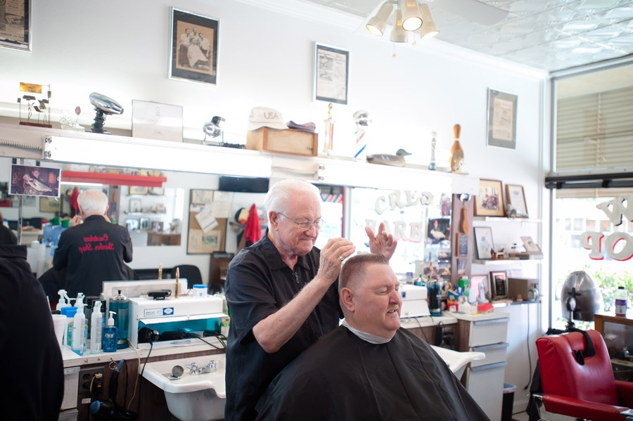 Travel_Writer_Photographer_crestview_barber67.jpg