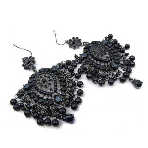 BRING ON THE NIGHT CHANDELIER EARRINGS — CALL ME CALIFORNIA