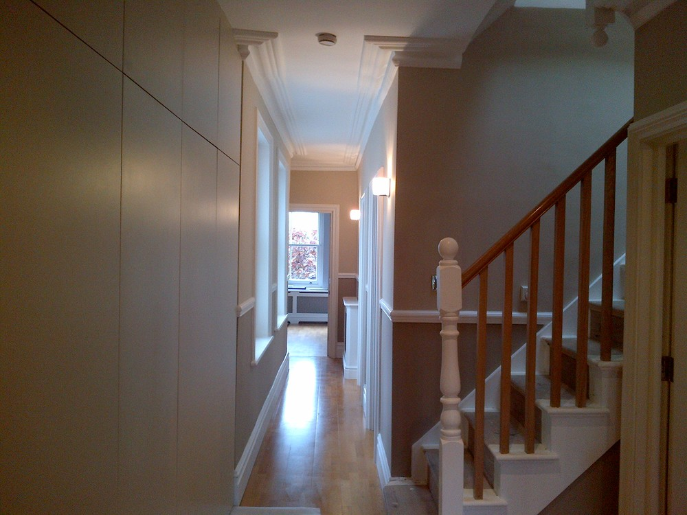 36 Lauderdale - Hallway finished with new storage cupboard.jpg