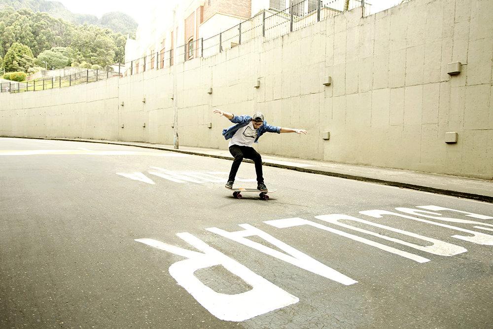 jorge_oviedo_lifestyle_skateboard01_deportes_extremos_colombia.jpg