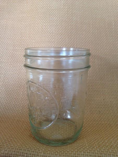 Jelly Mason jar (8 oz.) In Stock: 50 Price: $1,00 ea.
