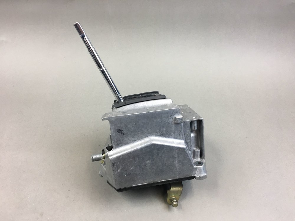 We can supply New and Used Mercedes Shifter Assy for  Mercedes S Class 2000-2006,  Cl Coupe 2000-2006  SL Roadster 2003-2011