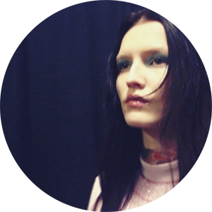 Miu Miu: Regream from @patmcgrathreal
