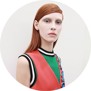 The petrol blue look at Prada: Regream from @patmcgrathreal