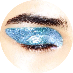 Dior Fall 2014: Also this winter we will see blue. Read  Striking Glassy Eyes  to know more.