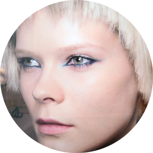 Marc Jacobs: the teal eyeliner