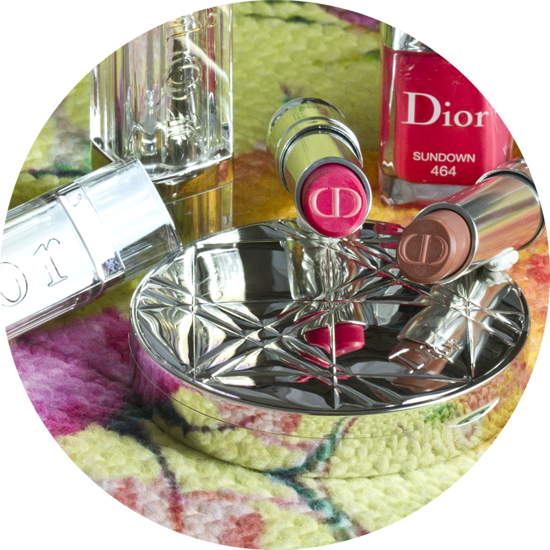 Dior Summer 2015 Tie Dye Collection - Dior Addict Tie Dye Lipstick in Nude Ever and Fuchsia Utopia  - Dior Le Vernis in Sundown - Diorskin Nude Tan in Coral Sunset