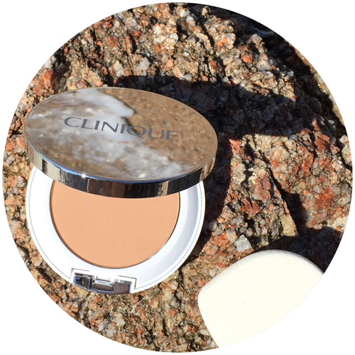 Clinique Beyond Perfecting Powder Foundation + Concealer 2-in-1.jpg
