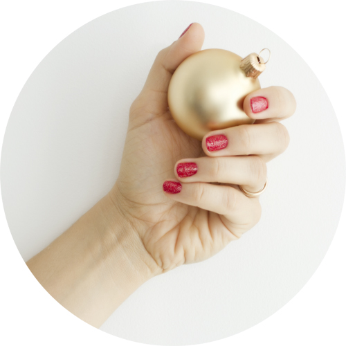 Burberry Gold Festive Collection Christmas 2015 Nail Polish in red and festive gold