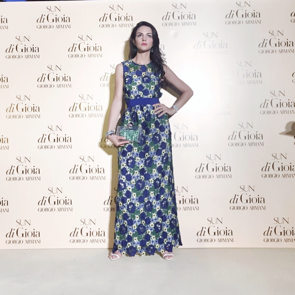 The photocall - wearing a P.A.R.O.S.H. gown