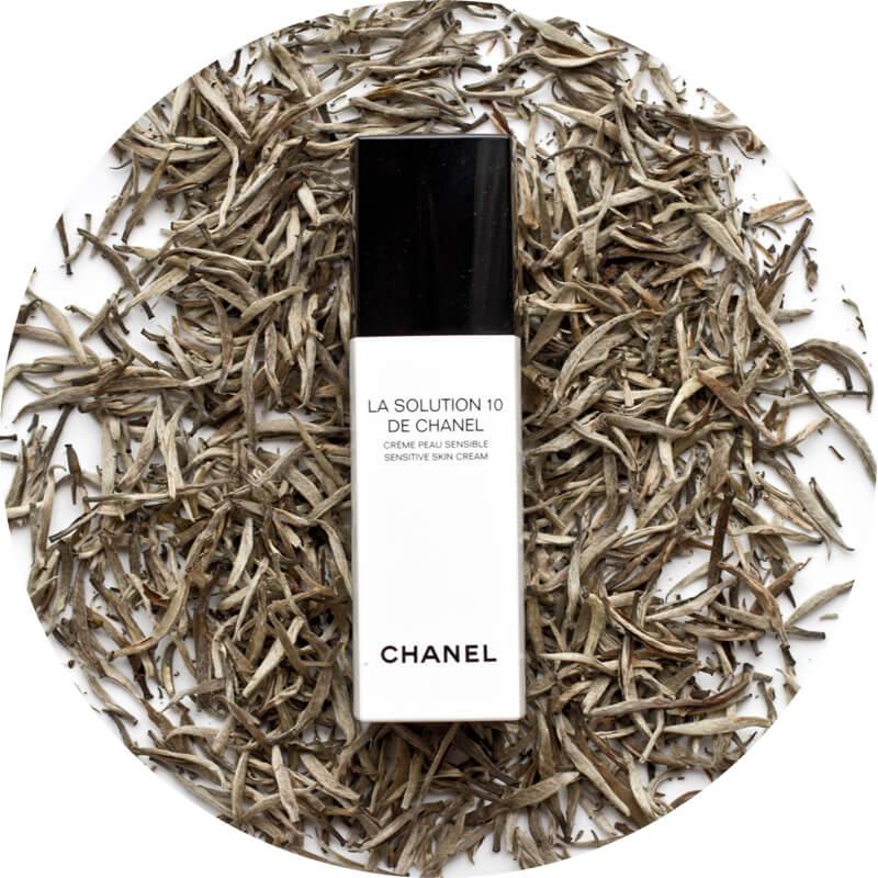 Keep Calm Chanel's got the Solution - Calma, Chanel ha la Soluzione
