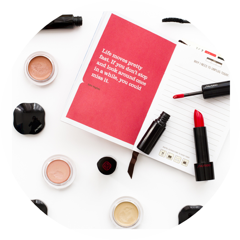Shiseido Rouge Rouge and Lacquer Rouge - Shimmering Cream Eye Color - Automatic fine eyeliner.