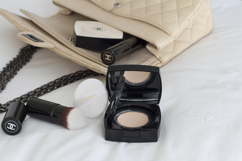 Chanel Les Beiges Summer 2017 makeup collection is perfect to be carried around