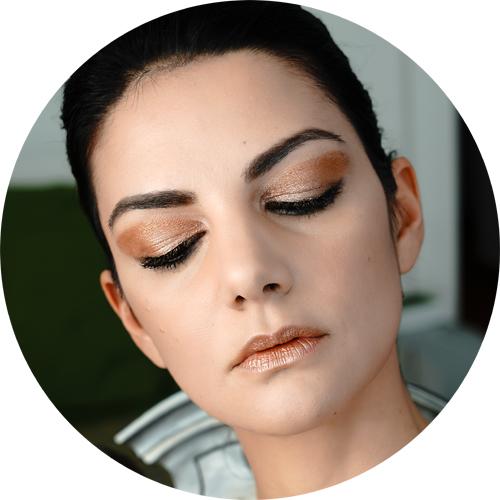 metal makeup trend2.jpg