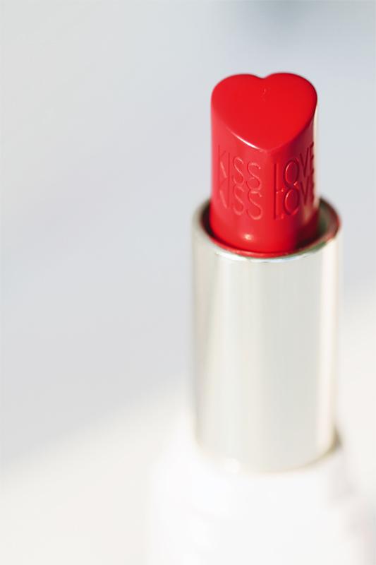 Guerlain kiss kiss love love lipstick 4 copy.jpg