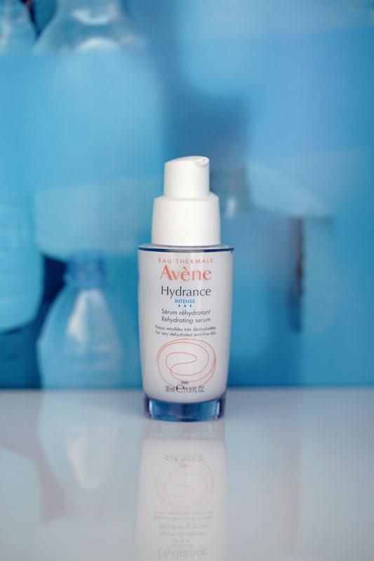 Avène Hydrance Intense: un vero e proprio concentrato di idratazione. Più di un boost, un refill.