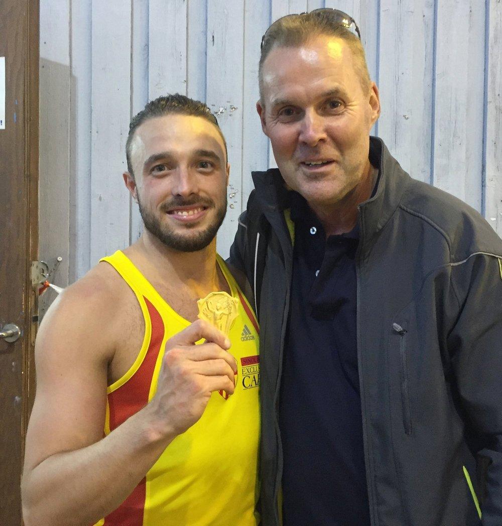 Jag och coach Håkan efter 100-metersfinalen
