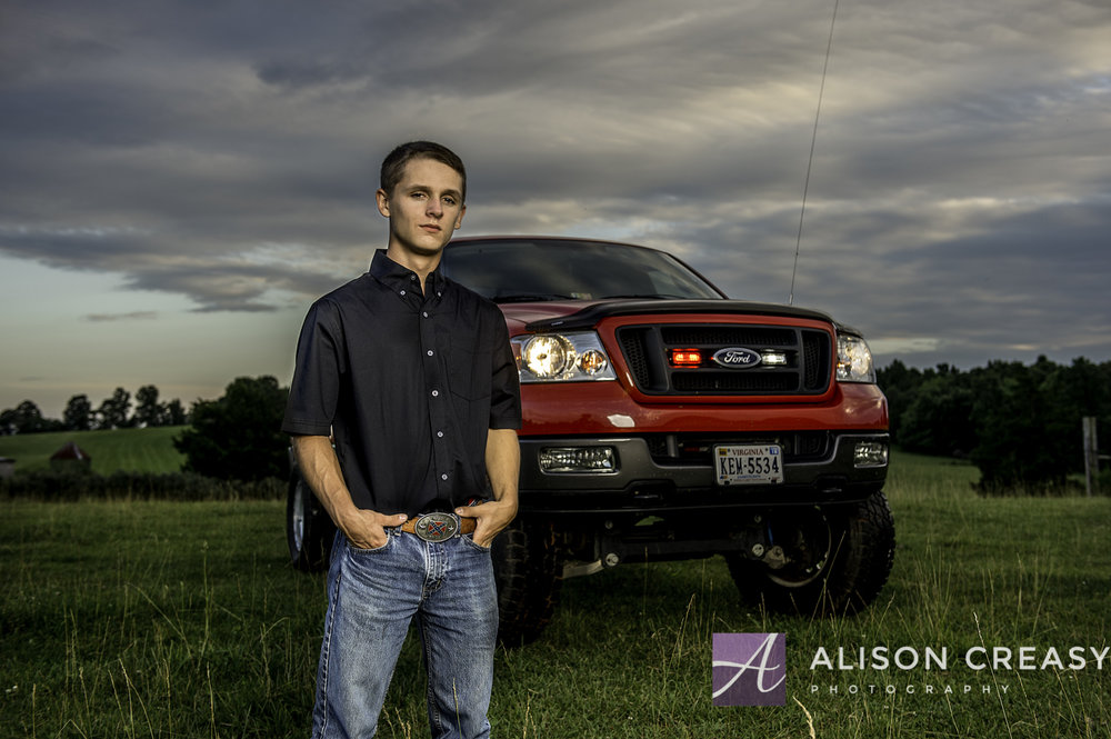 Dylan Senior-226-Edit.jpg